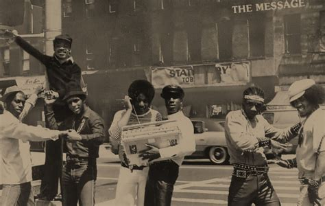 """Grandmaster Flash & The Furious Five """"The Message"""" (1982"""