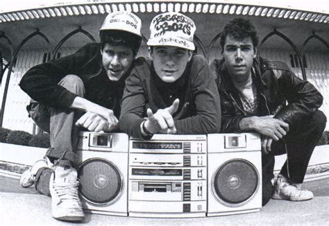 Photos: Iconic Musicians with their Boomboxes - The Strut